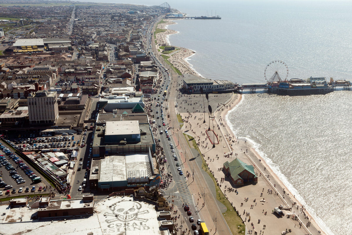 The Golden Mile - Free Things To Do In Blackpool